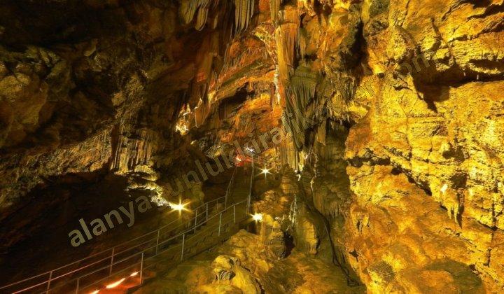 Alanya Damlataş Mağarası
