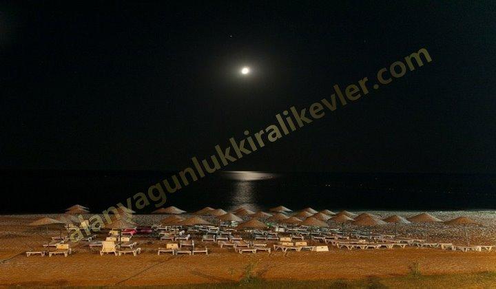 Alanya sahilde bir gece