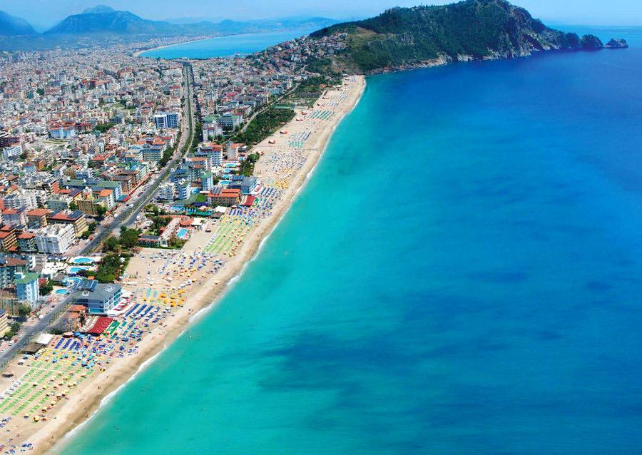 Alanya Kleopatra Plajı genel görünüm