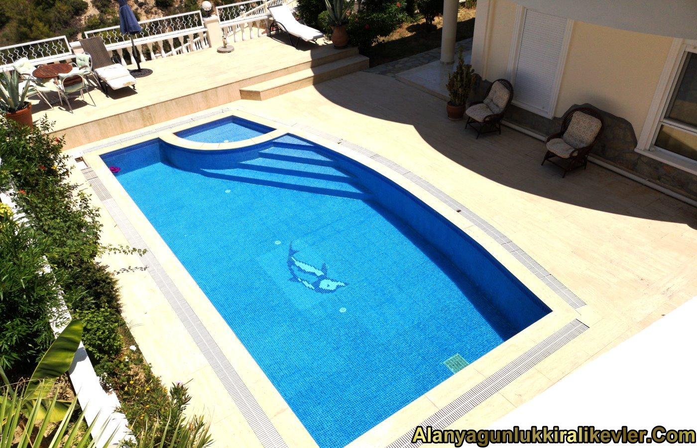 Alanyada Müstakil Havuzlu Günlük Villa